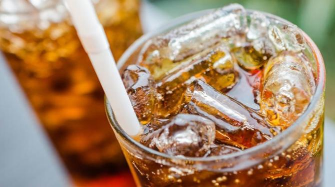 Zuckersteuer auf Softdrinks gefordert