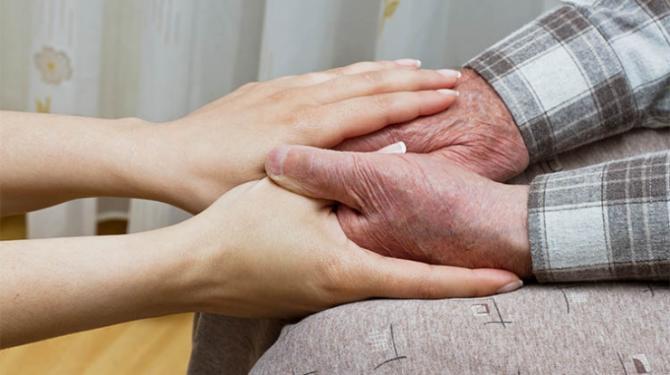 Grüne fordern Sex auf Rezept für Pflegebedürftige