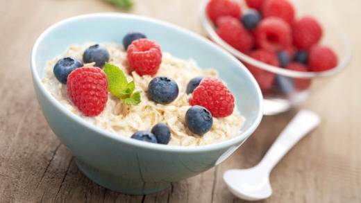 Gesunder Genusstipp: Porridge mit Früchten
