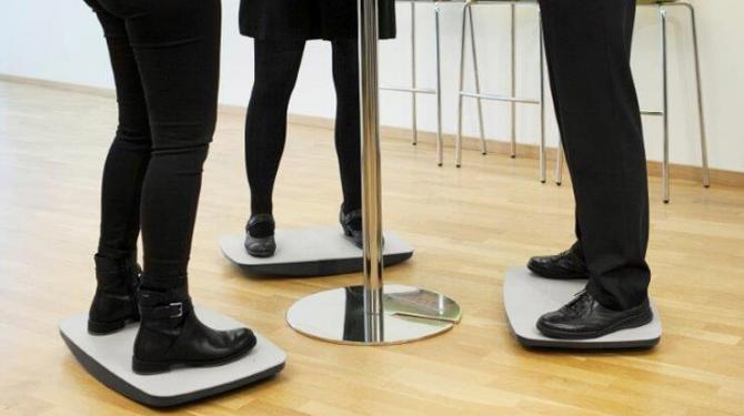 Balancierplatte will Gesundheit ins Büro bringen